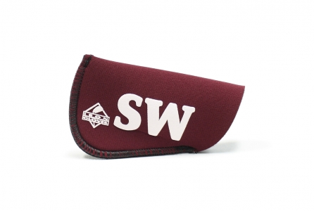Pitching Wedge Glove: Burgundy