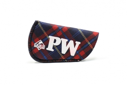 Pitching Wedge Glove: Red Plaid