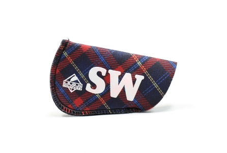 Sand Wedge Glove: Red Plaid