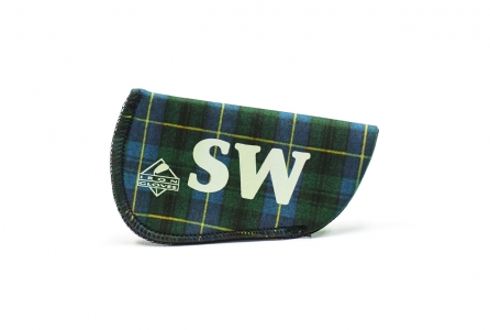 Sand Wedge Glove: Green Plaid